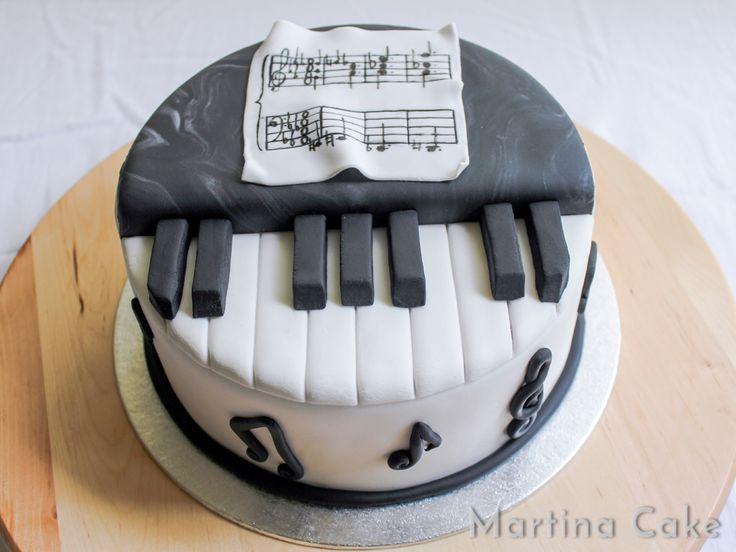 Tarta piano • Martina Cake
