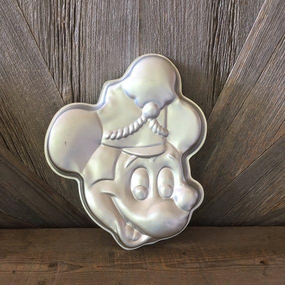 Vintage Mickey Mouse Kuchenform Vintage Wilton Aluminium Kuchenform} Walt Disney Produkt Mickey Mous   – Products