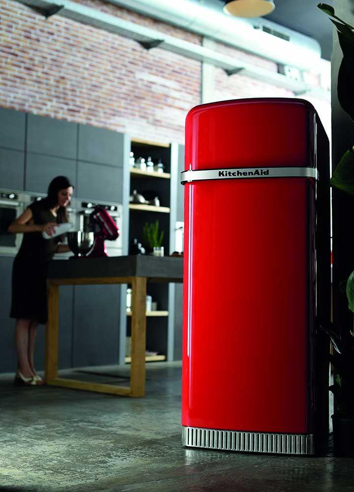 KitchenAid rode koelkast Iconic Fridge in retro jaren 50 stijl #kitchenaid #koelkast #keuken