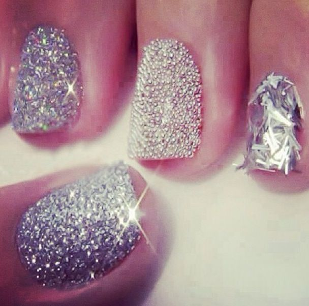 Bling, bling! :) #girly #style For guide + advice on lifestyle, visit www.thatdiary.com