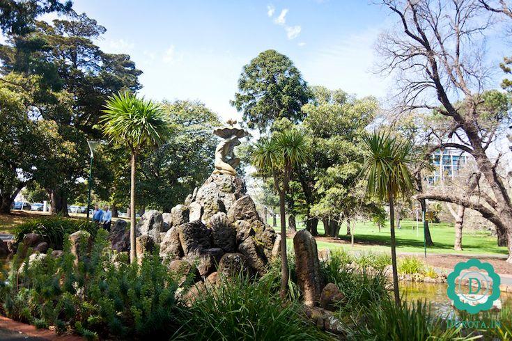 Fitzroy Gardens - odpoczynek niemal w centrum, ale z dala od zgiełku miasta.  #australia #melbourne #travel #podróże