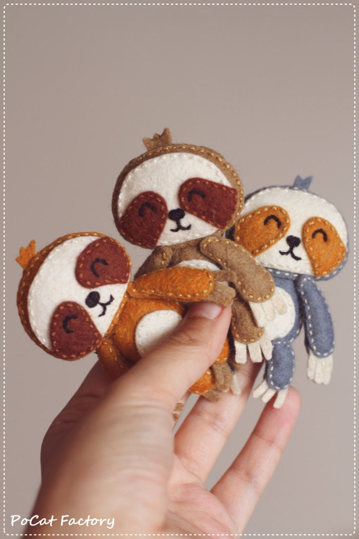Felt Pocket Sloth doll brooch by PoCatFactory on Etsy ***Im in love with these guys! So adorable!