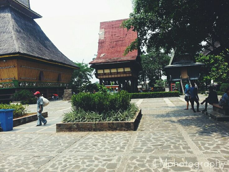 Indonesian traditional houses<3