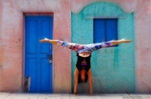 Ashtanga Yoga - Handstand
