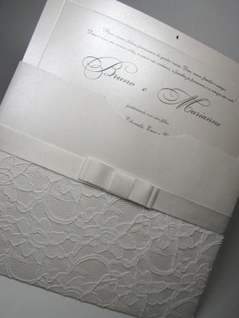 envelope com renda e fita de cetim - classico