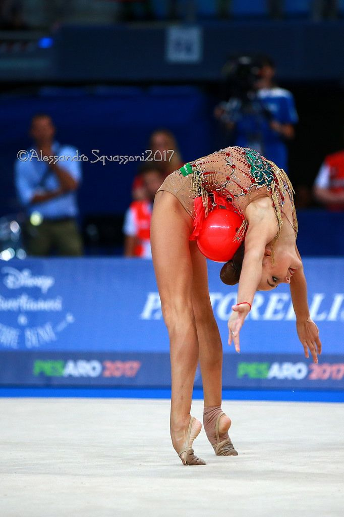 https://flic.kr/p/YnvjWS | Arina Averina (RUS) | 35th FIG Rhythmic Gymnastics World Championships