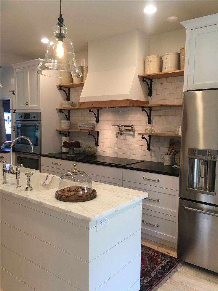 Best Farmhouse Kitchen Open Shelving Drywall Hood Vent 400 x 300