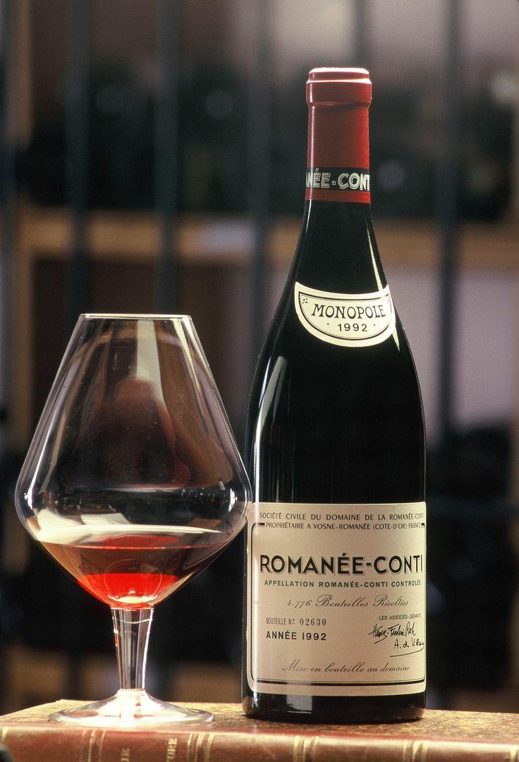 Bouteille de Romanée Conti ,  le charme délicieux et authentique des vignobles de Bourgogne.