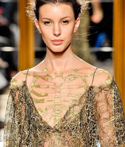 Front view of embroidered skeleton. Could the designer be saying something about models?