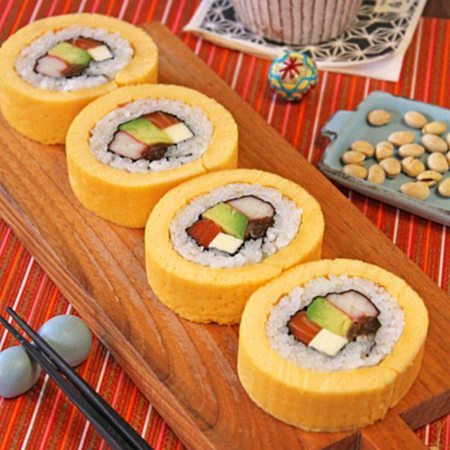 ふわふわ伊達巻恵方巻き☆サーモンアボカド巻き寿司