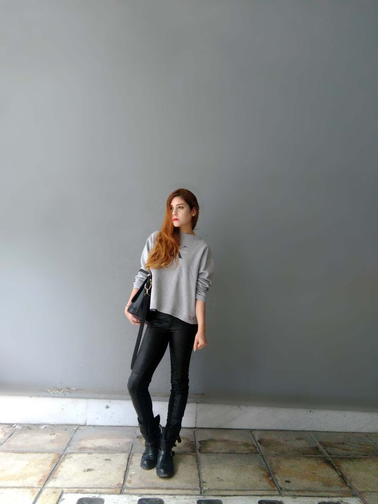 Simple, effortless everyday looks. My latest outfit post up on www.chelf.net