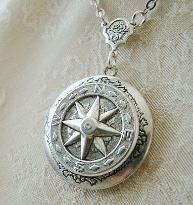 Silver Star Compass Round Locket Wedding Sea Ocean Sailor Mom Dad Sister Brother Son Travel Simple Elegant Friend Photo Pictures- Lost