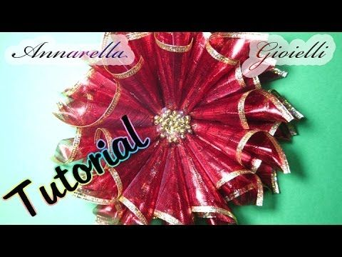 Stella di Natale con nastro - Tutorial gratis su Youtube How to make a poinsettia - Tutorial gratis su Youtube