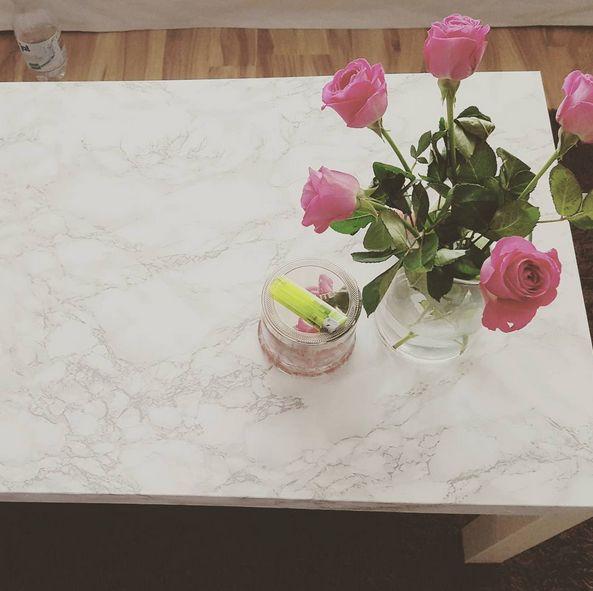 INTERIOR / DIY / WOHNEN: Marmor Tisch mit Klebefolie. IKEA LACK Serie