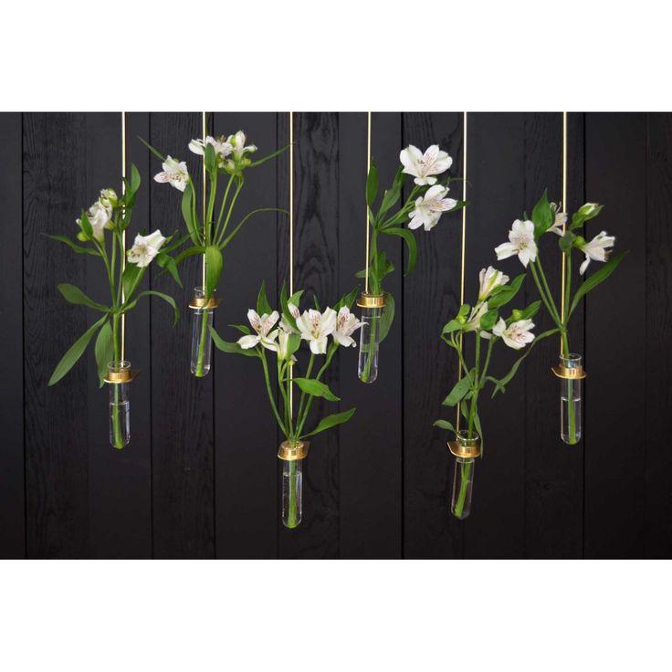 al atoire laiton 6 fleurs est une structure suspension. Black Bedroom Furniture Sets. Home Design Ideas