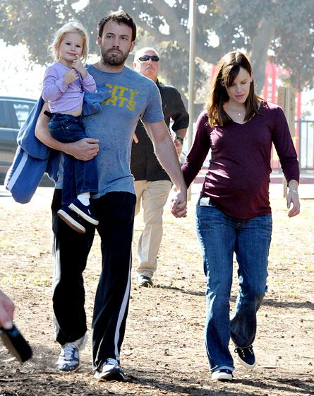 Ben Affleck and Jennifer Garner's Love Story: October 26, 2008 - out w/ daughter Violet while they are expecting 2nd daughter, Seraphina.