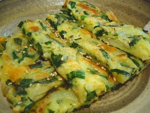 For Cheese Lovers*Jijimi (Korean Savory Pancakes) with Chinese Chives and Cheese
