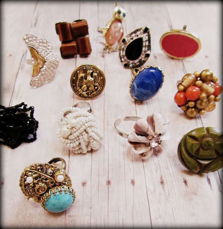 Vintage cocktail rings. How to repurpose old clip on earrings into these fun pieces.