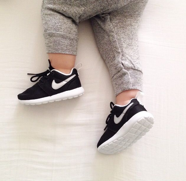 Matching with mom and dad | Baby Clothes | Baby nike ...