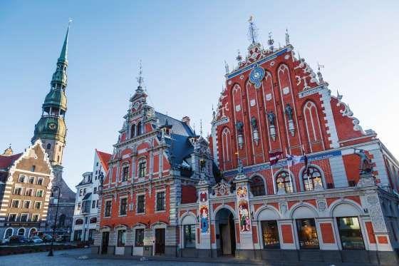 7. RIGA, LETTONIE. C'est l'une des plus anciennes villes des pays baltes… Riga, capitale lettonne es... - Christian Mueller - iStockphoto