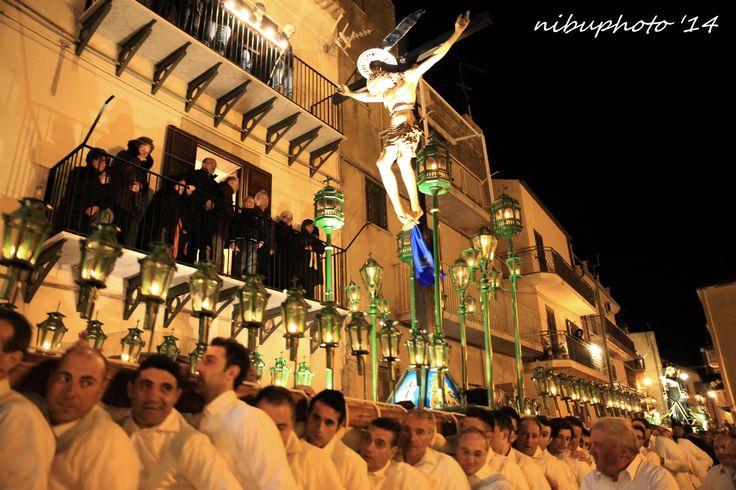 Assoro, Enna, Riti Settimana Santa - Holy Week Rites - Ph Nino Buda #easterinsicily #visitsicily #Assoro #nibuphoto
