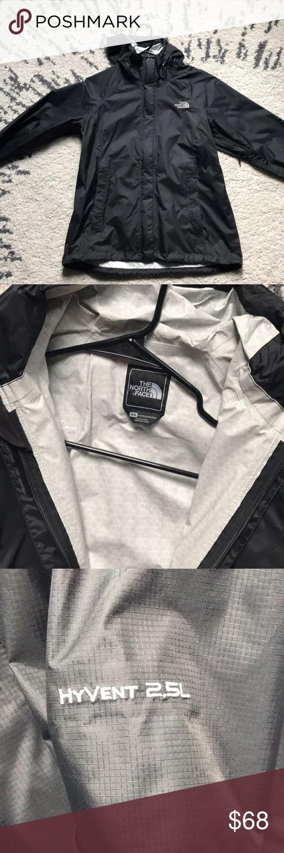 Women's north face windbreaker jacket North faces women's medium windbreaker North Face Jackets & Coats
