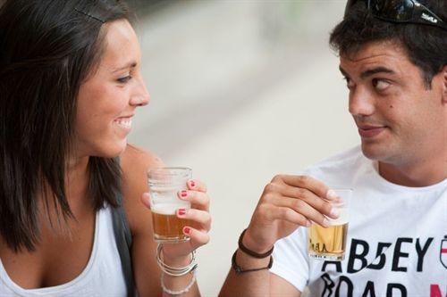 La cerveza, entre las bebidas recomendadas para paliar la deshidratación