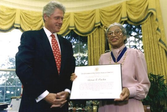 """13 Facts About Rosa Parks You Might Not Know, In Honor Of Her Birthday In June of 1999, President Bill Clinton presented Parks the Congressional Gold Medal, the highest civilian honor one can receive. She was recognized as a """"living icon of freedom in America."""""""