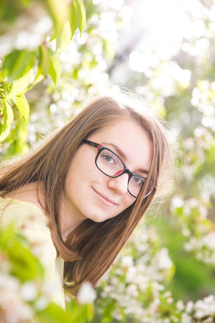 Portréfotózás, cseresznyés, ellenfényes :) #portréfotózás #győr #fotózás #cseresznyés #fényfecske #tóthgábor #tóth #gábor #backlight #cherry #cherryblossom
