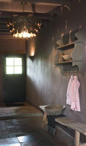 HANGING CABINET ♅ Dove Gray Home Decor ♅ Grey Entrée