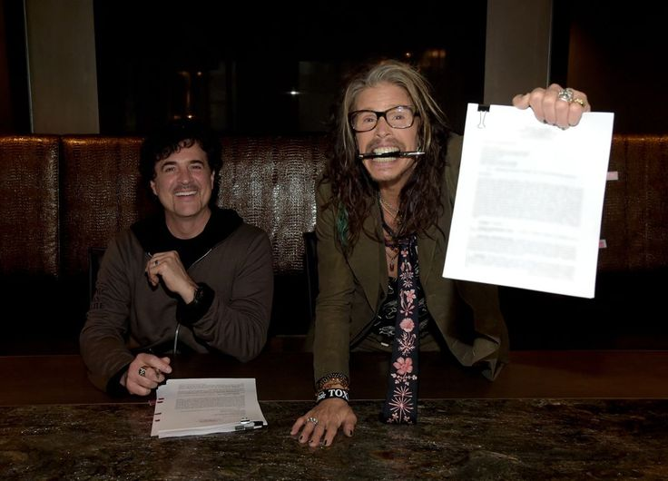 Steven Tyler Signs With Big Machine to Release Country Album
