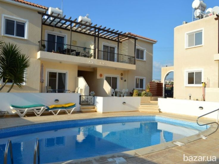 На прямую от агентства с Пафоса прекрасный 1-спальный комплексный апартамент, в очень хорошем состоянии, расположенный в одном из лучших районов...