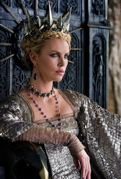 Charlize Theron Snow White Makeup 261 best images about ...