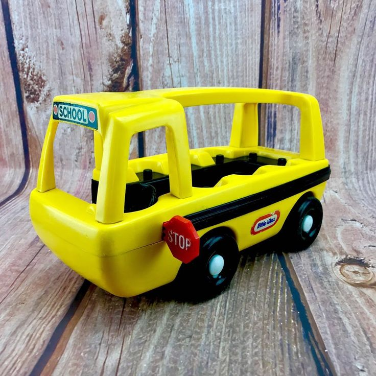 Vintage 1980's Little Tikes big yellow moving school bus with stop sign kids toy