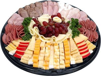 How to Decorate Catering Platters