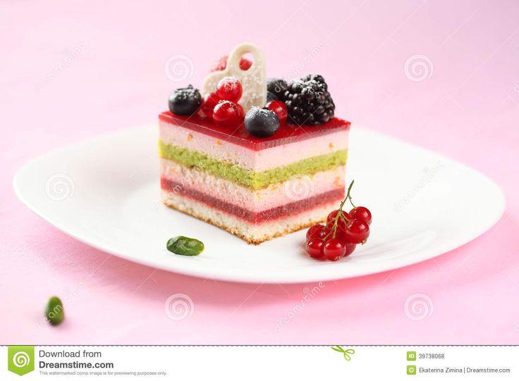 Pistacchio e uva spina nella mousse cake di Natale
