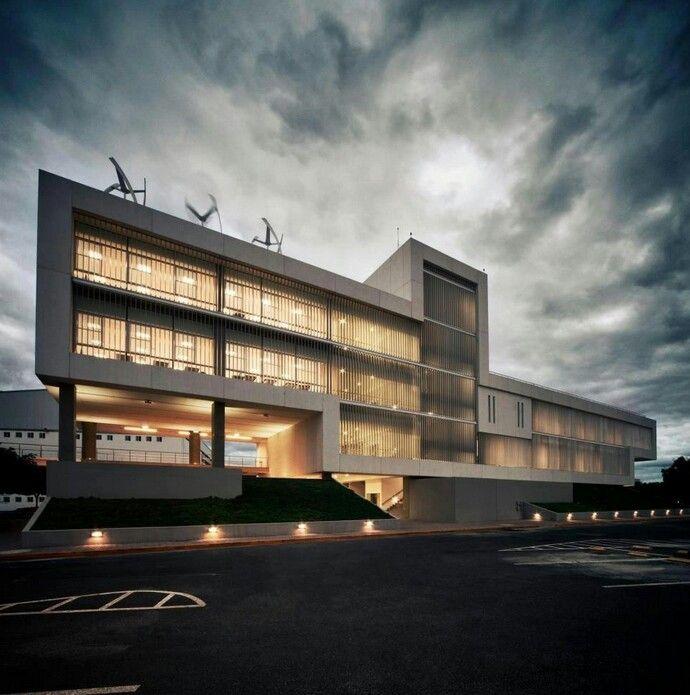 Edificio de la escuela de arquitectura y dise o eda del for Arquitectura y diseno monterrey