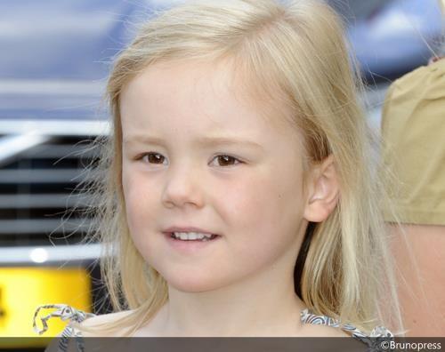 prinses Ariane (gemaakt in 2012 tijdens een concert van kinderen maken muziek