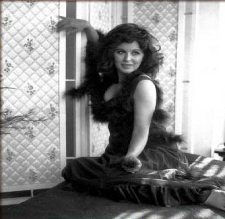 Actress souad hosni lesbian from tata tota lesbian blog 5