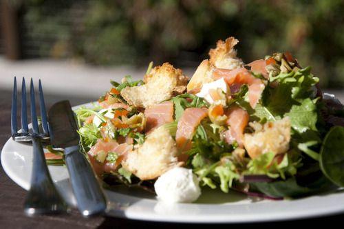 Salmon salad with chunky salsa verde