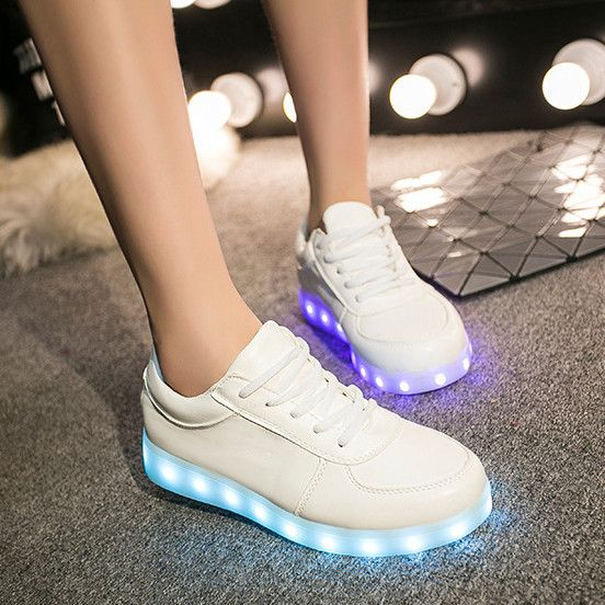 Want to get one same pair charming sports sneaker shoes with your girlfriend or boyfriend? This flat luminous sneaker maybe a good choice. Highlight with LED light will make you shinning and eye-catch