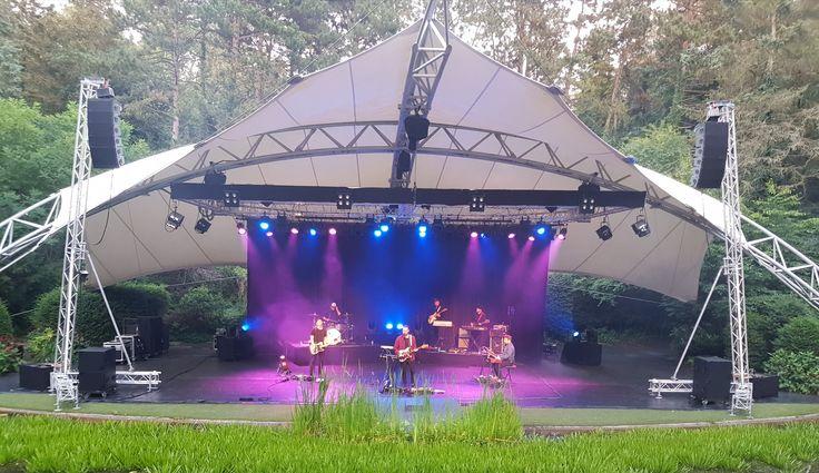Live optreden Ásgeir in openluchttheater Caprera (NL) 10-08-2017