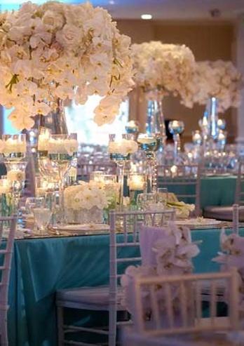 """Tiffany Wedding Tablescape. Perfect, looks like a fantasy"". Boda con diamantes..."