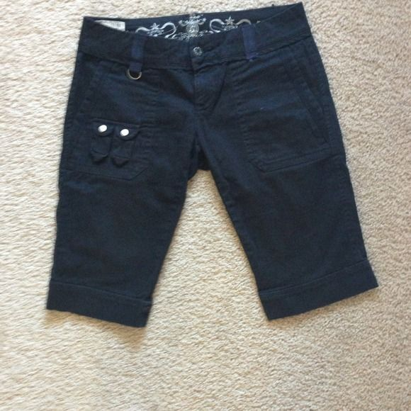 Black Diesel Shorts Details in the pockets, super cute!!! Diesel Shorts