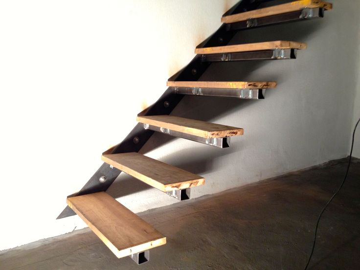 floating staircase to basement