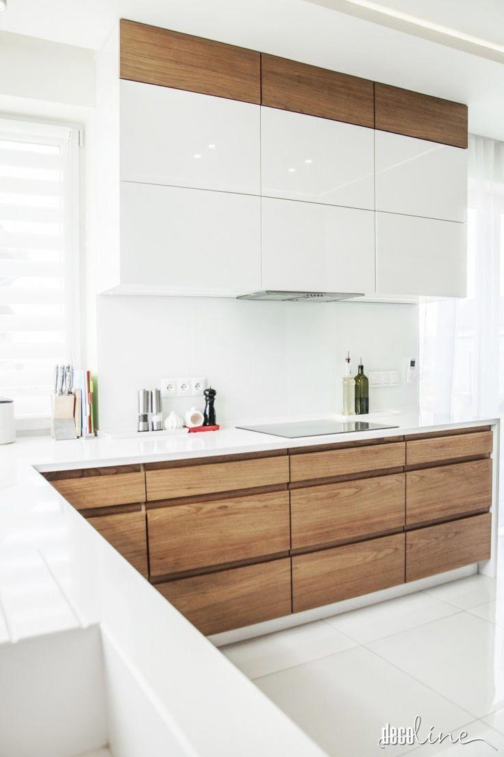 Cuisine Plaque Et Blanc Blanc Cuisine Plaque Ikeakitchen En 2020 Cuisine Moderne Cuisine Blanche Et Bois Cuisine Design Moderne