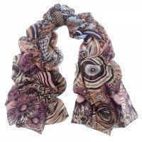 Bewerkte paarse sjaal