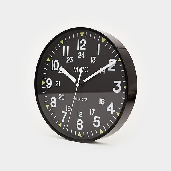 The clock you see here was originally designed to hang in mess halls at military bases. After the Military Watch Company saw such overwhelming fanfare for it, h