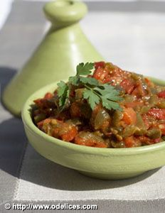 Salade de poivrons à la marocaine, la recette d'Ôdélices : retrouvez les ingrédients, la préparation, des recettes similaires et des photos qui donnent envie !