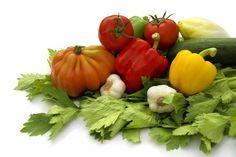 Alimentos recomendables para el hipotiroidismo: http://blogdefarmacia.com/alimentos-recomendables-para-el-hipotiroidismo